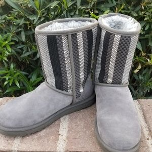 UGG Boots! Unique Gray Pattern Excellent Condition